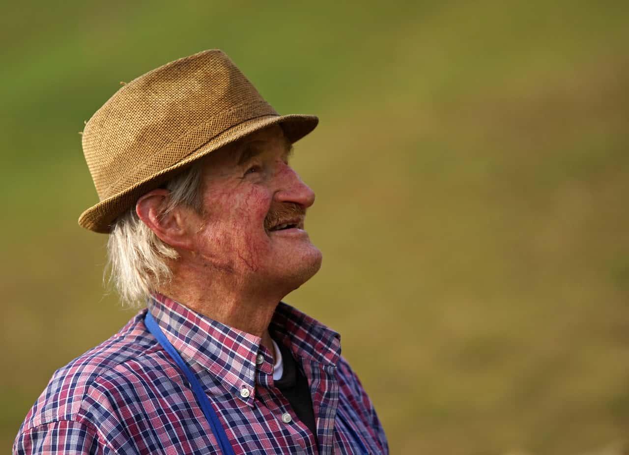 בריחת שתן אצל אנשים מבוגרים