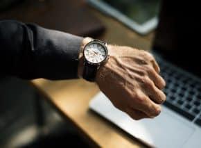 יד מחשב ושעון