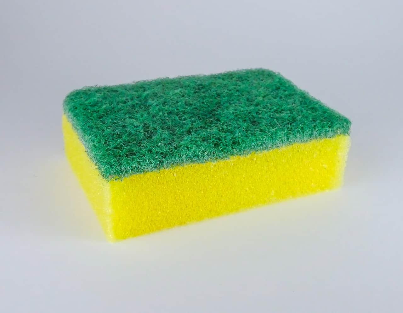 אילו חומרים צריך לניקוי אמבטיה ושירותים