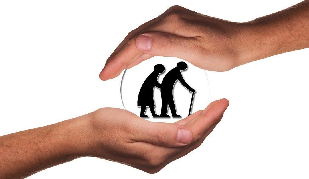 זוג מבוגרים מבוטחים